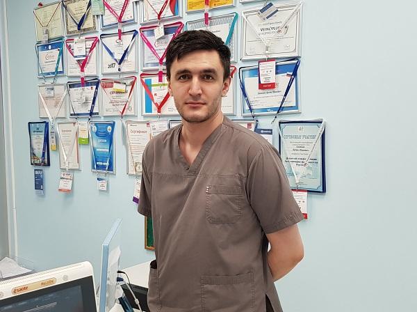 Khapokhov Ibragim Mukhamedovich, chirurgo cardiovascolare, medico ecografico, Mosca