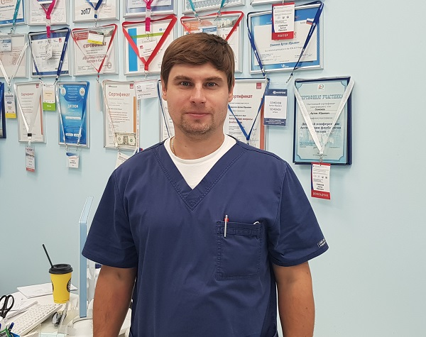 "Phlebologist Soinov Alexander Nikolaevich at the center of phlebology ""MIFC"" at a master class"