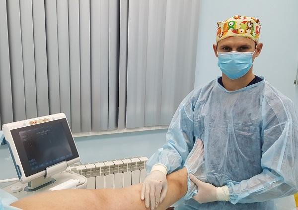 Il flebologo Raskin V.V. dopo un'operazione riuscita